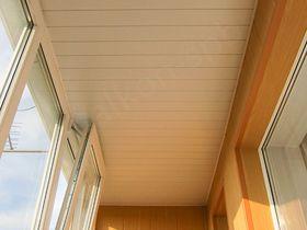 Потолки на балкон