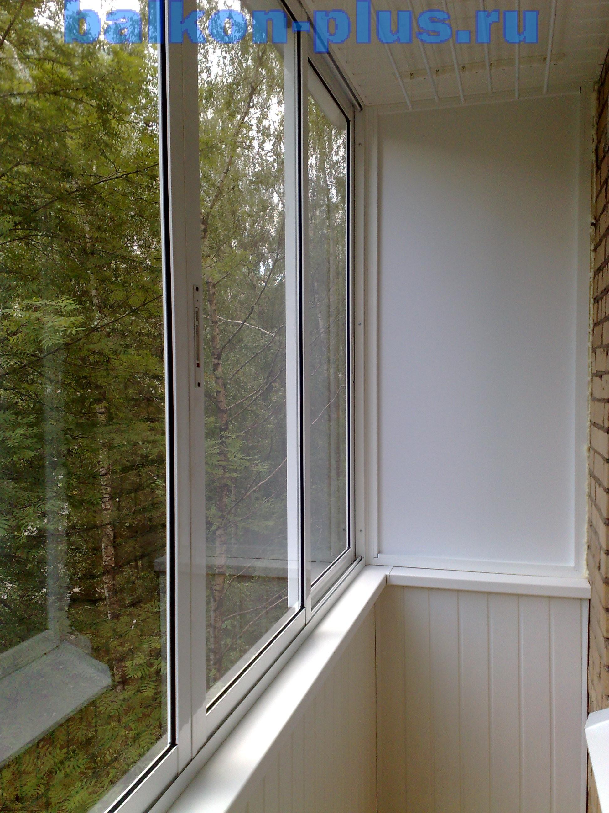 Глухие окна на лоджии.