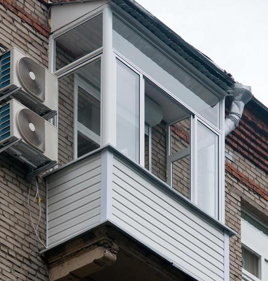 Проекты: холодное остекление балкона в сталинке.